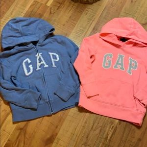 Gap Hoodie/Lot